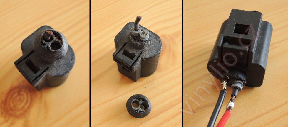 Konektor a spínač svetiel spiatočky v procese opravy